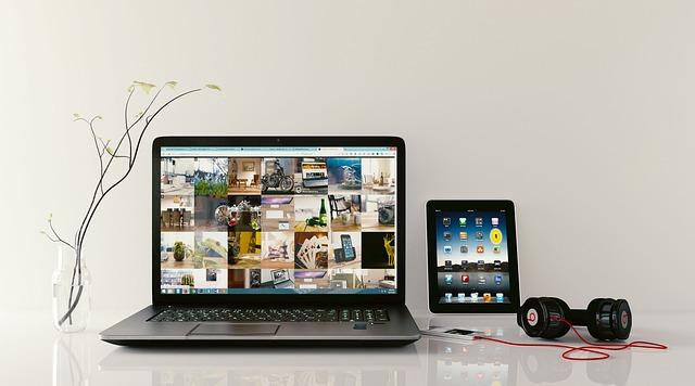 tabulátor a sluchátka.jpg