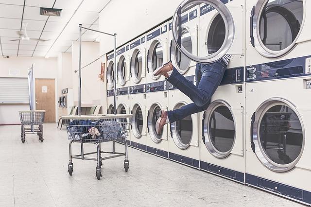 ženy v pračce